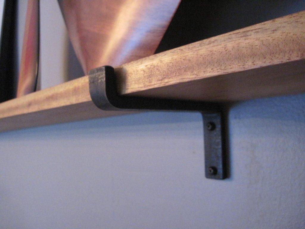 tác dụng nâng đỡ thanh gỗ