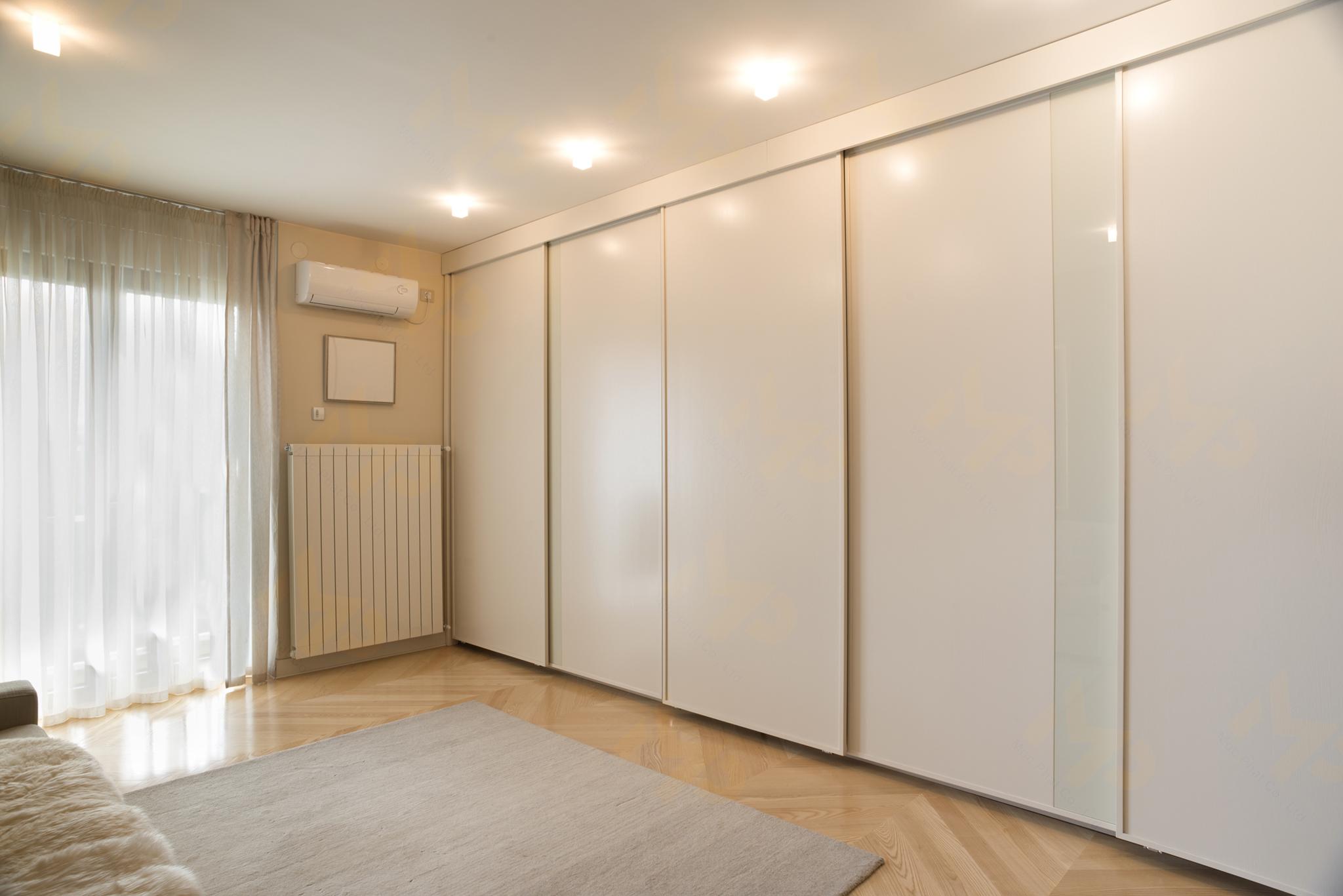 Trang trí phòng ngủ với nội thất Acrylic