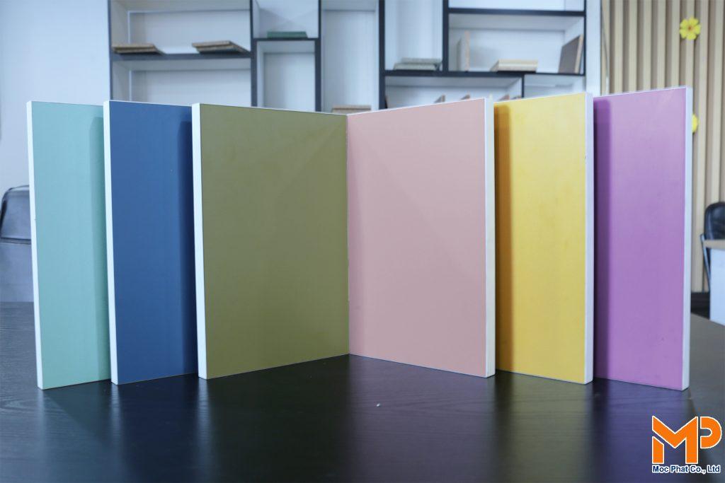 MFC màu pastel