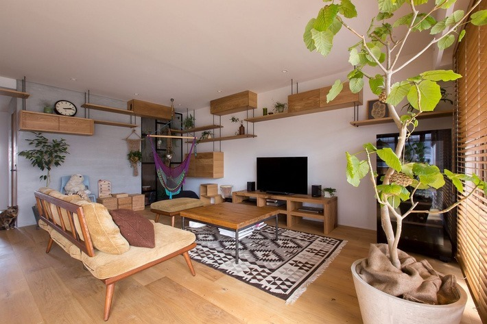 Căn hộ 85m² đẹp dịu dàng và ấm áp với màu gỗ của gia đình trẻ ở Nhật Bản