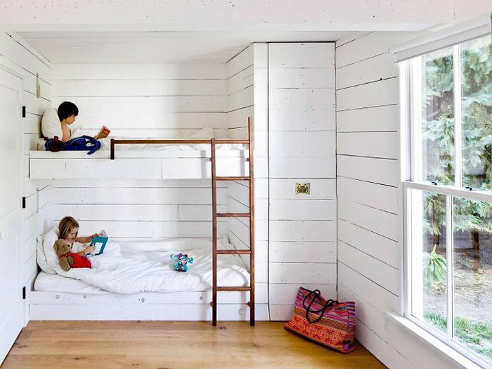 Giường tầng gỗ công nghiệp vừa đẹp, vừa tiện cho gia đình đông con 4