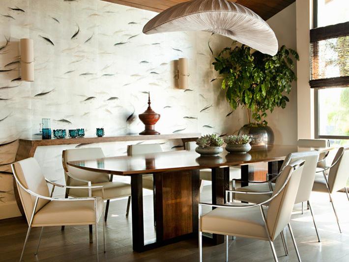 Cây xanh trong phòng ăn